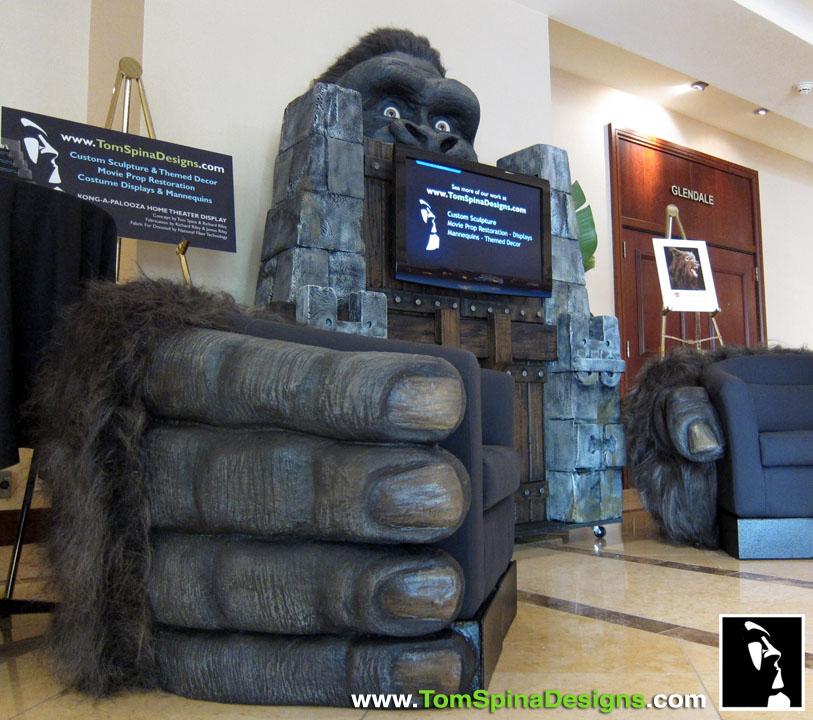 Super Punch King Kong Themed Home Theater Avengers Desk