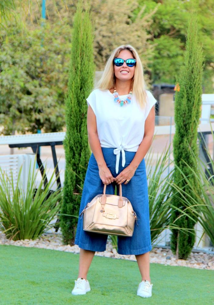 בלוג אופנה Vered'Style - ג'ינס טישרט וסניקרס