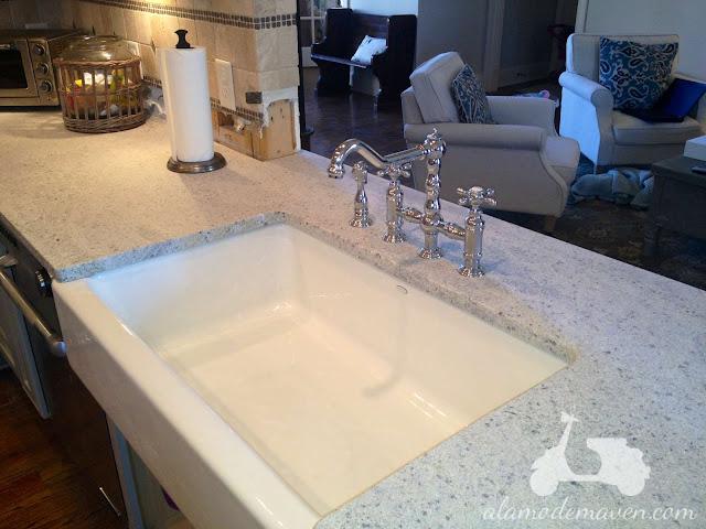alamode the kashmir white granite is installed. Black Bedroom Furniture Sets. Home Design Ideas