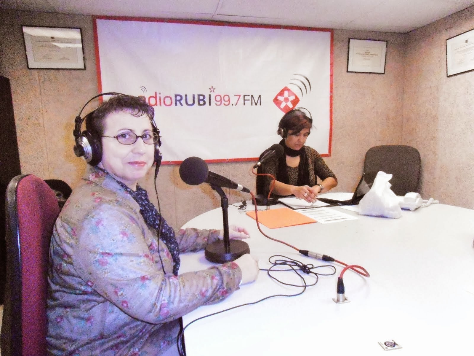 """Programa de Radio """"Rubí al día"""""""