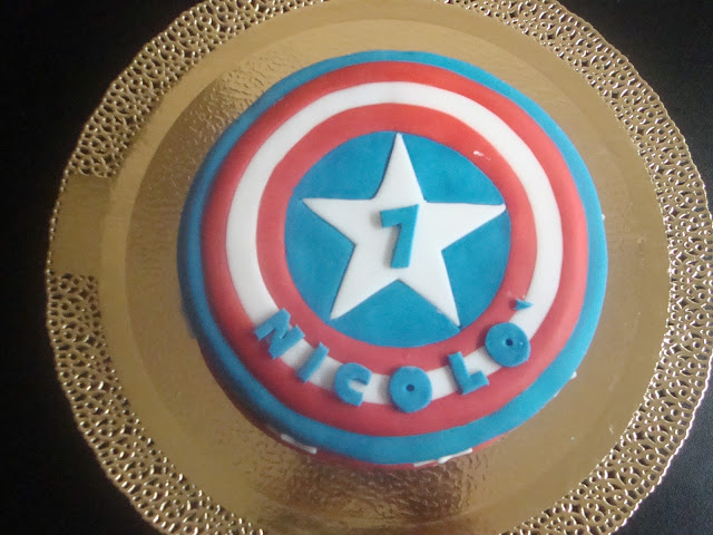 Captain america's cake top