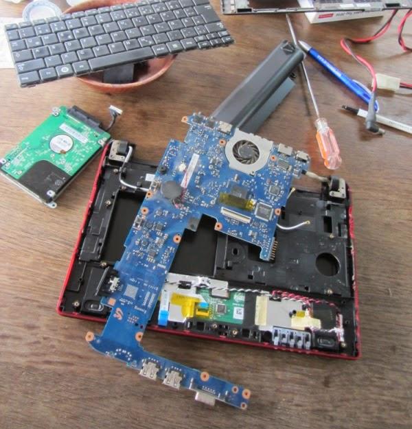 Der Reservecomputer wird repariert