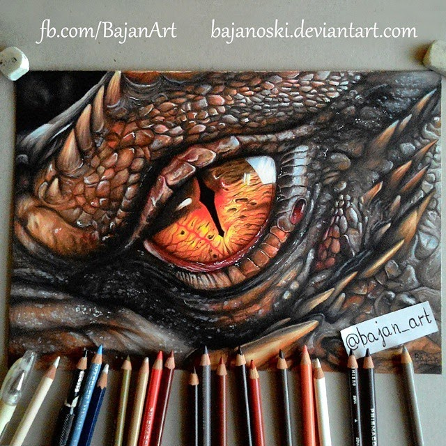 01-Smaug-Benedict-Cumberbatch-Łukasz-Andrzejczak-Colored-Pencil-WIP-Drawings-www-designstack-co