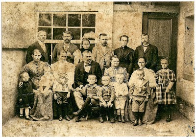 Família Surerus, em agosto de 1896 (Arquivo Alberto Surerus Moutinho).