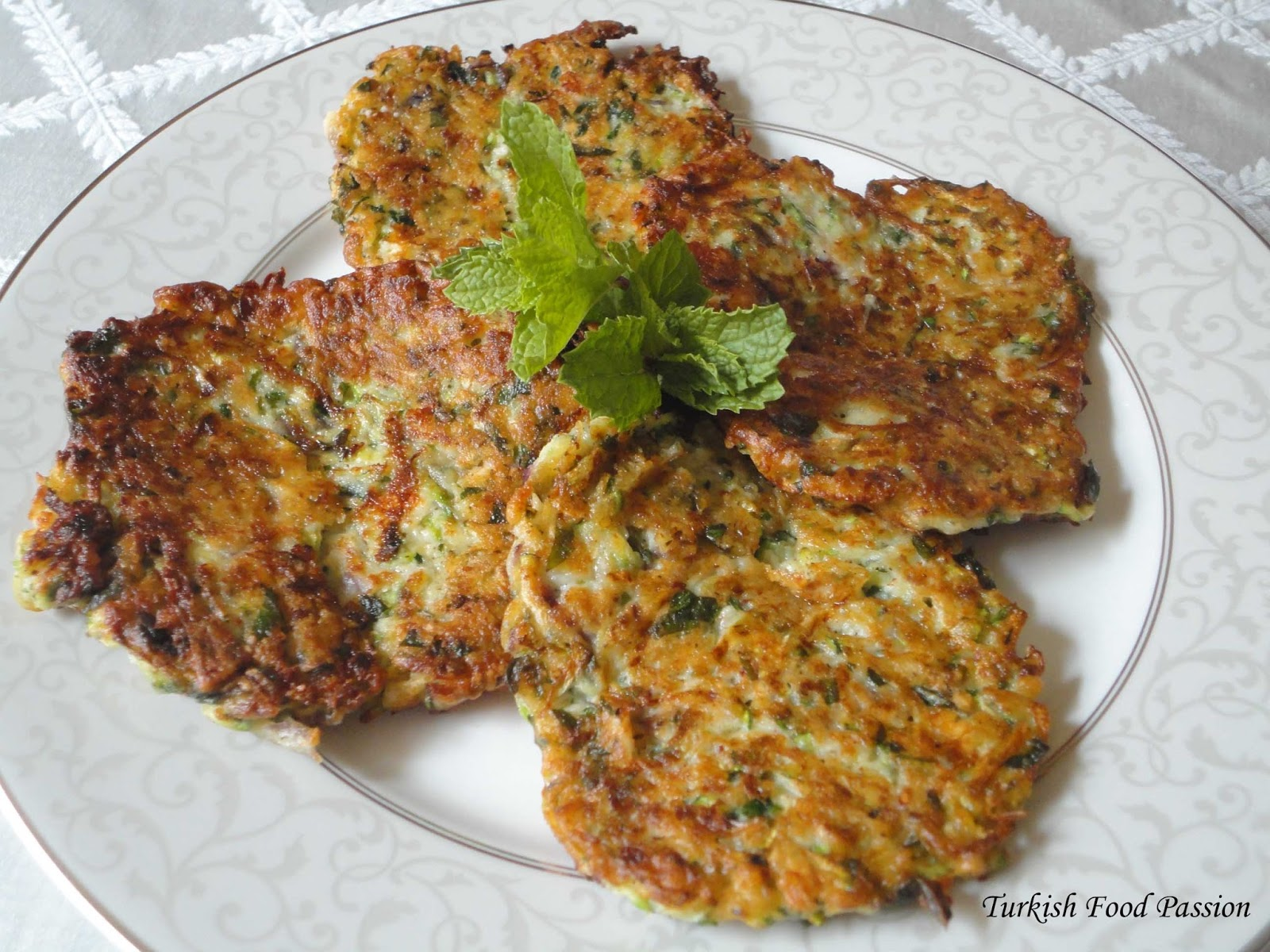 Zucchinifrittersg i have made mcver throughout the summer without following a recipe and each time making differently this version by far has been the tastiest one forumfinder Images