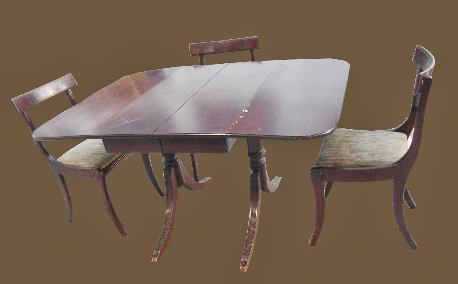 Uhuru Furniture Collectibles Duncan Phyfe Style Drop Leaf Dining Table