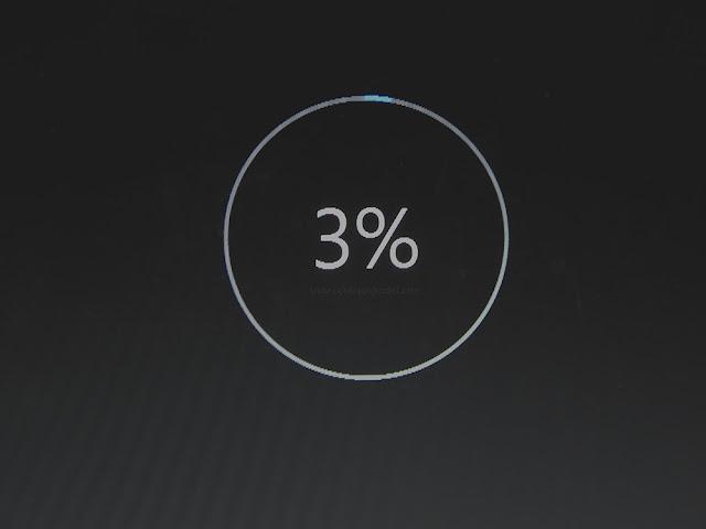 Windows 10 update 3% downloaded