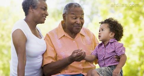 Campur Tangan Kakek, Nenek, Tante, atau Pihak Lain - Kebiasaan Buruk Orang Tua