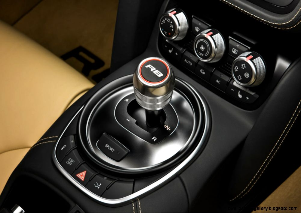 Audi R8 Interior Automatic XK5flOgo    – Cool Car Wallpaper
