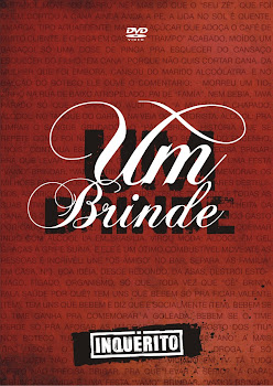 #UM BRINDE