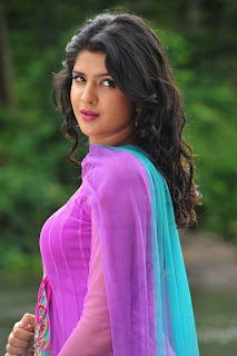 Deeksha Seth Latest Picture Shoot  (19).jpg