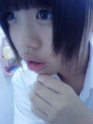 i look at u ;)