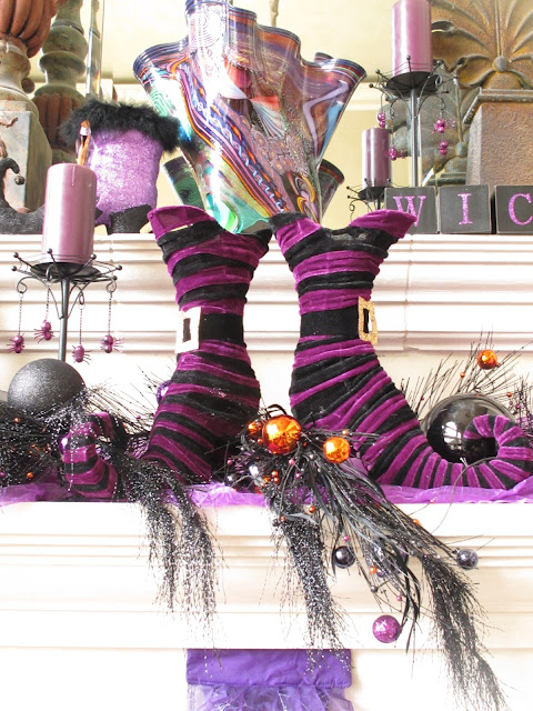 Purple chocolat halloween mantel purple chocolat home for Decoration 3 chocolat