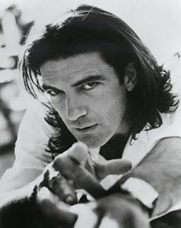 Antonio Banderas new haircut hair styles for 2011