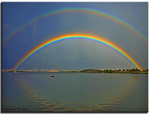 http://3.bp.blogspot.com/-GIAChPHGz6E/T6hyGBfhmwI/AAAAAAAAgW8/lgcnOdbGrJw/s1600/doublerainbow.jpg