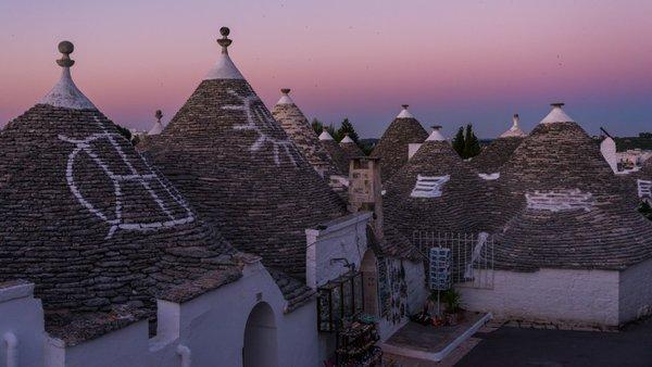 Svijet na dlanu - Page 3 Trulli+of+Alberobello,+Italy