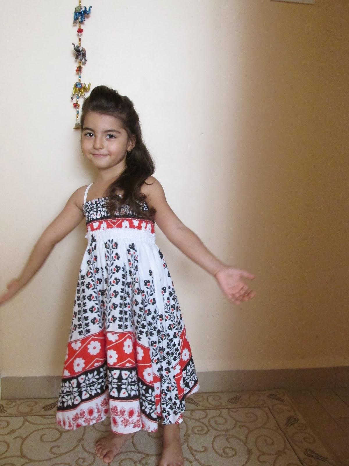2013 Kız Çocukları İçin Yazlık Elbiseler
