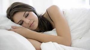 Tidur Pakai Bra Sebabkan Kanker, Benarkah?