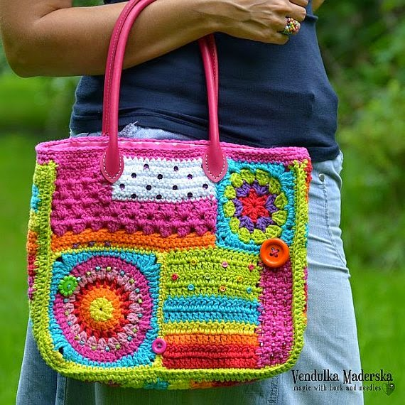 https://www.etsy.com/listing/208884402/crazy-rainbow-bag-crochet-bag-pattern?ref=favs_view_6