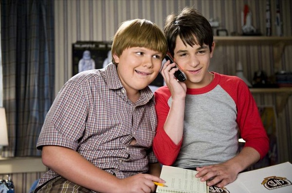 One savvy mom nyc area mom blog theyre back for another the film follows the misadventures of greg zachary gordon and his best friend rowley robert capron as they navigate the dog days of solutioingenieria Images