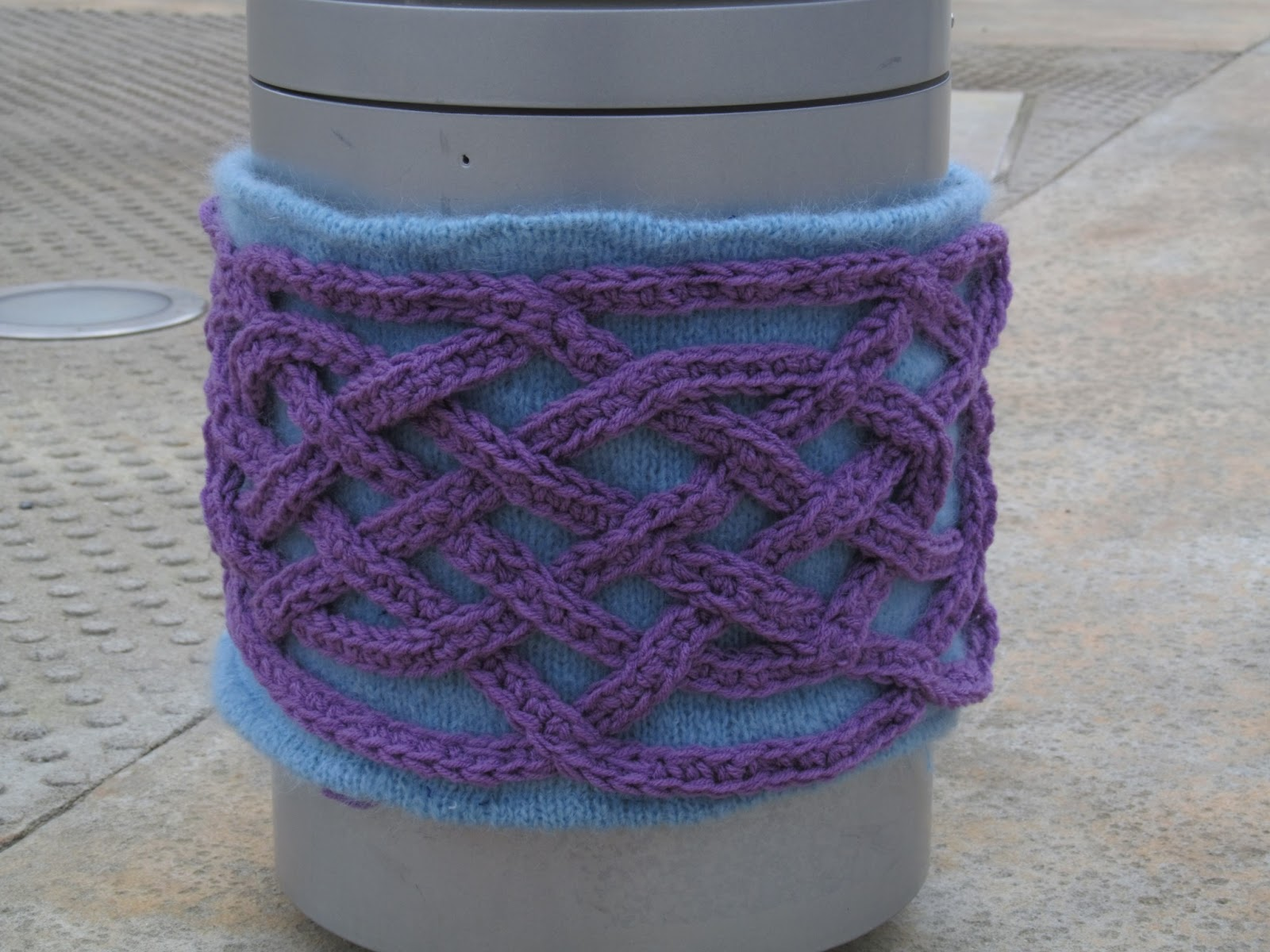 Crochet Knot : And a couple of sweaters I made with a Celtic Knot touch. :)
