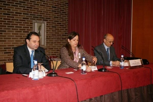 Uni n de abogados for Convenio colectivo oficinas y despachos sevilla