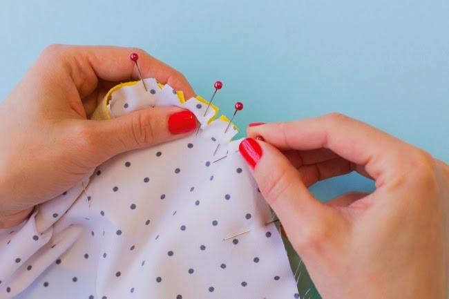 Arielle sewing pattern - Attaching the lining