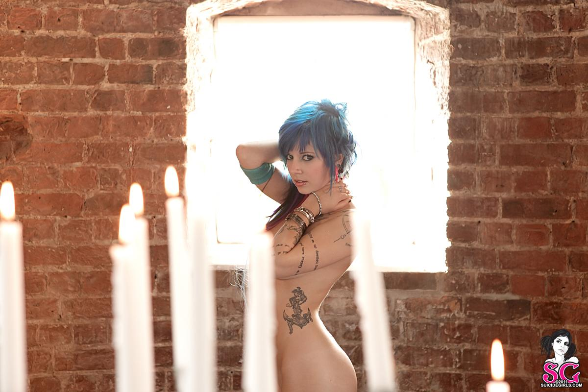 Suicide girls para ustedes ♥