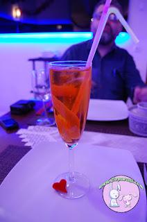 les_ottomans,8_martie,ziua_femeii,Striptease_masculin,iepurasi,2iepurasi,doi_iepurasi,restaurant_specific_turcesc,iepurasi,aperol