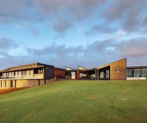 Cpm associates modern golf clubhouses a new trend for Golf course house plans