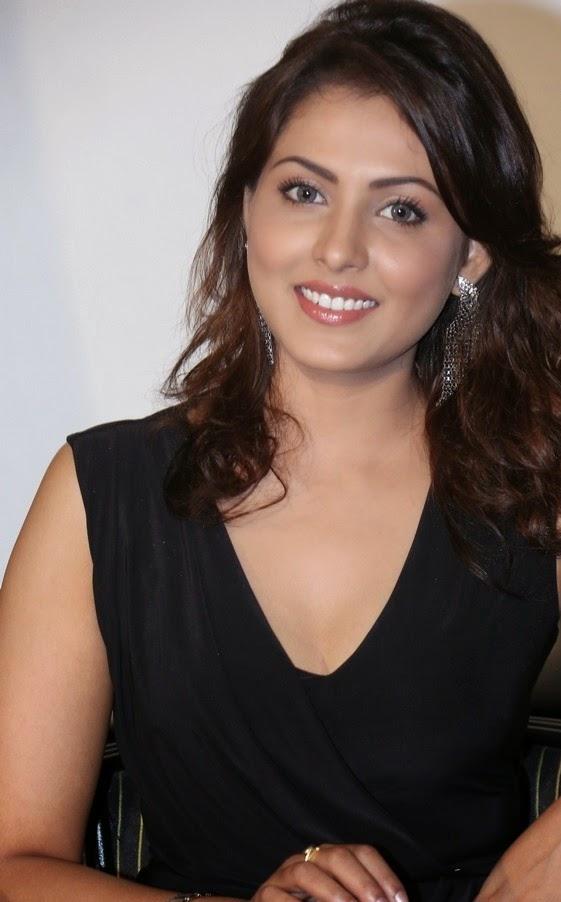 Madhu Shalini Photoshoot