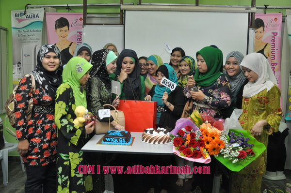 kek dan bunga for cdm adibah karimah from hanis haizi, a premium beautiful top agent