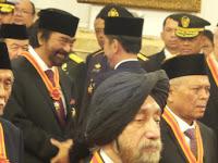 Penerima Bintang Jasa dari Jokowi, Ada Surya Paloh dan Dua Milyarder Keturunan China