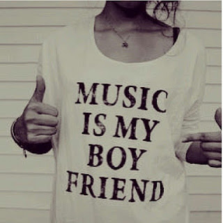 http://littlerenard.blogspot.com/2015/10/music-is-my-boyfriend.html