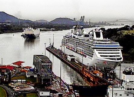 Ships In The Panama Canal Coral Princess Panama Canal