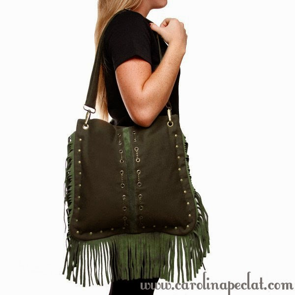 bolsa franja, grande, bolsa grande, blog carolina peclat, verão, jovem, mulher