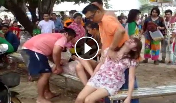 A Monk Woman Entered The Dormitory And Raped In A Hurry Video