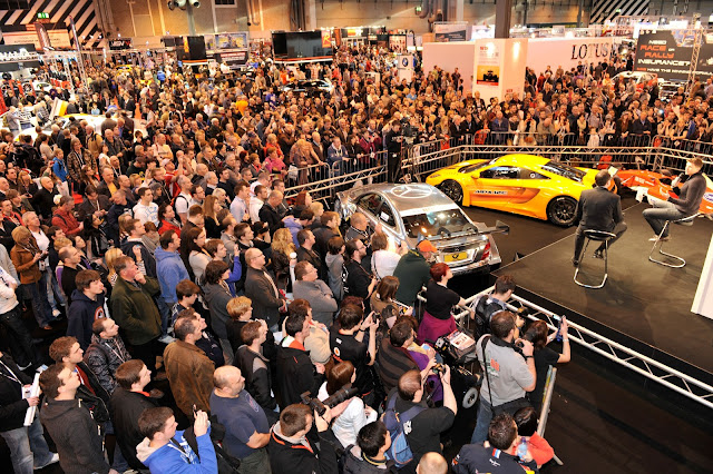Crowds at Autosport International 2012