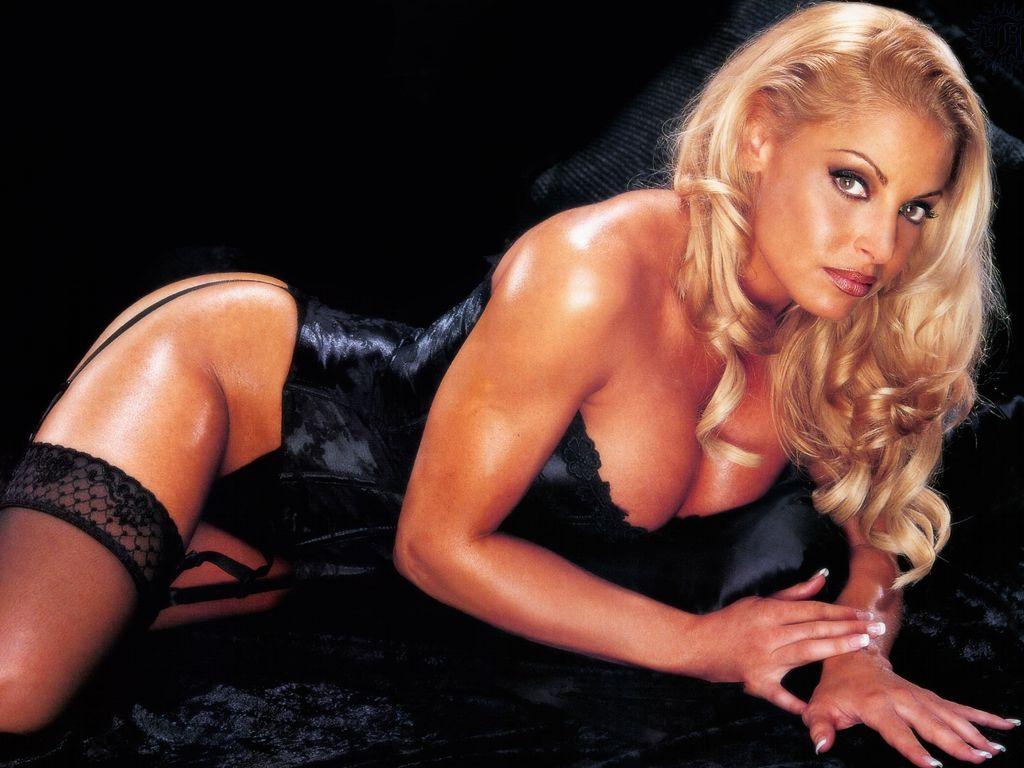 hollywood actress pictures show hollywood actress trish stratus hot
