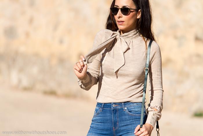 blogger de moda valenciana con tendencia camisa con lazo en el cuello