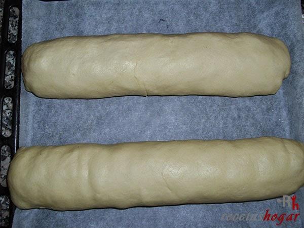 Pan de Jamón-pan en la bandeja