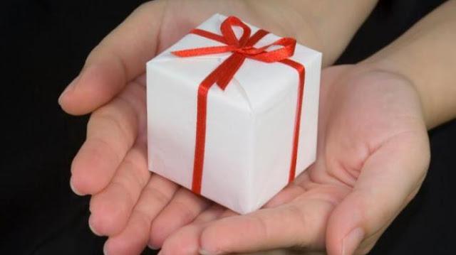 Pengen Beri Hadiah, Tapi Bingung Apa Ya? Ini Saran Ilmuwan