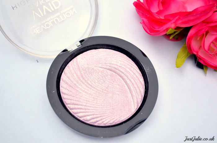 Makeup Revolution Highlighter in Pink Lights
