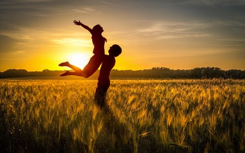 Nên làm gì để tình yêu trở nên hạnh phúc và bền vững?