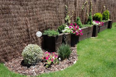 detalle jardinera de traviesas ecologicas