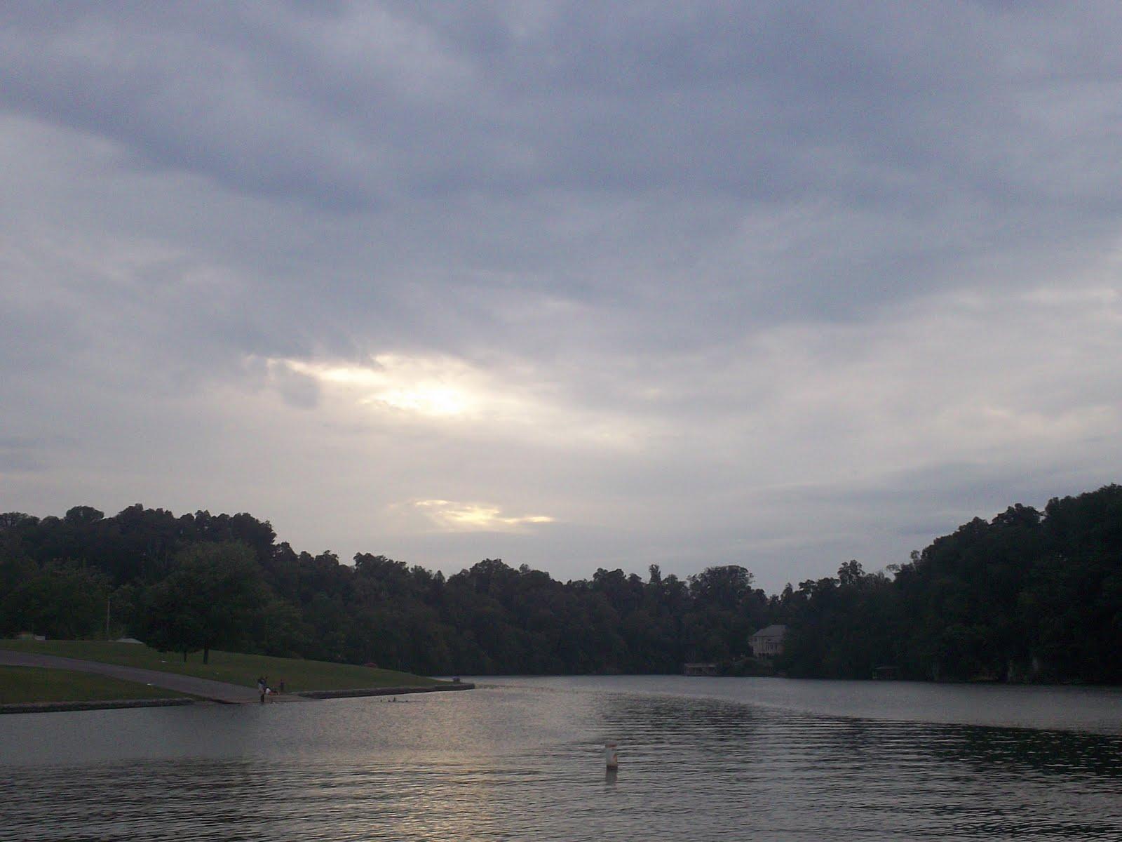 Tnvarmint night fishing on boone lake for Fishing in boone nc