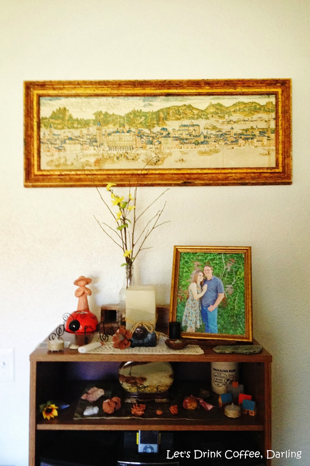 Let\'s Drink Coffee, Darling: Decorating from Yard Sales