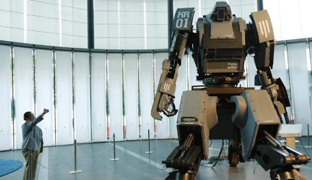 """Aksi Robot Raksasa """"Kuratas"""""""