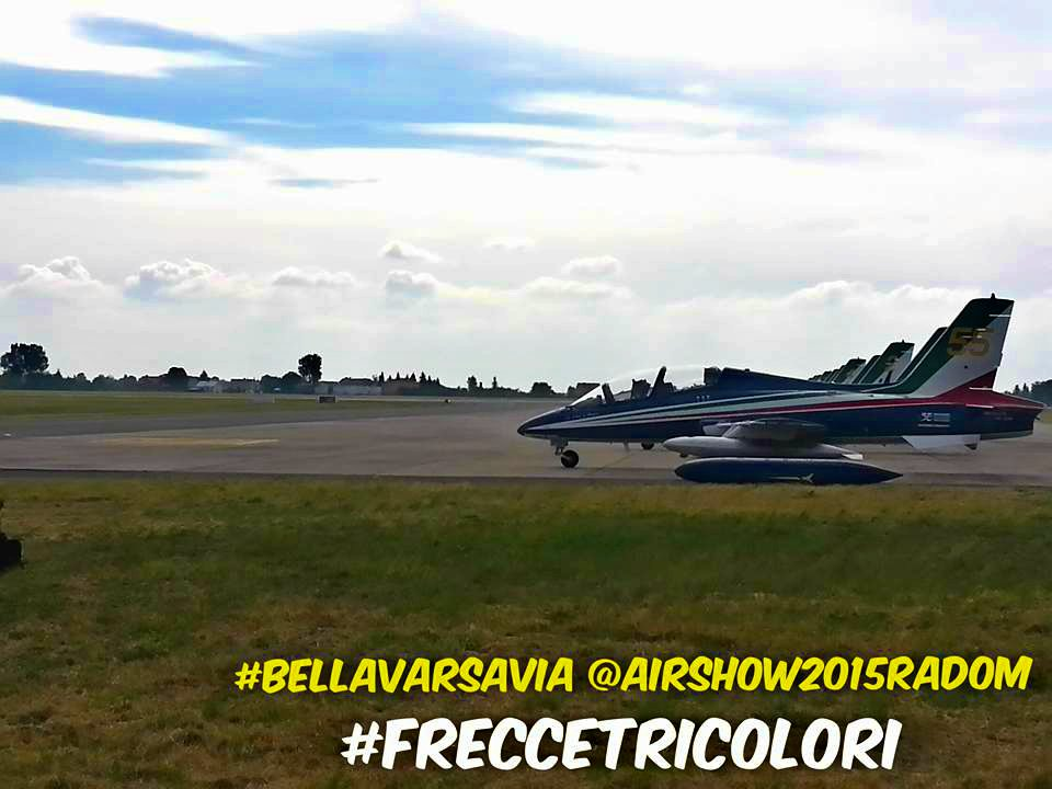 Bella varsavia frecce tricolori air show 2015 radom for Air show 2015