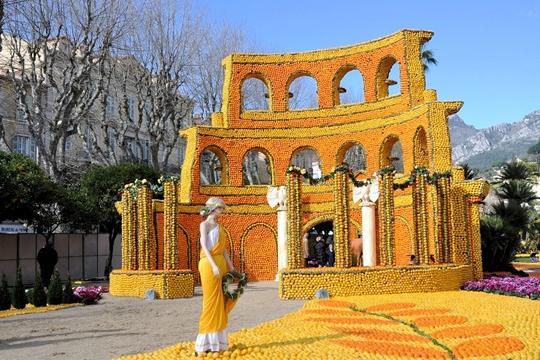 """Φεστιβάλ """"Fete du Citron"""" - Φεστιβάλ Εσπεριδοειδών...Στην Γαλλία."""